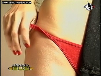 Julieta Ortega red thong video