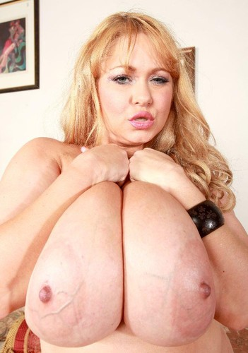 Samantha 38G   Busty Mature Blonde BBCvs BBW