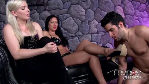 Lexi Sindel & Miss Jasmine - Personal Foot Wipe