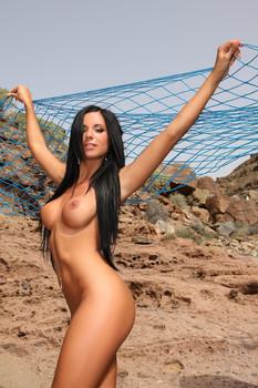 Ashley-Bulgari-Slop-q6tjp7w5as.jpg